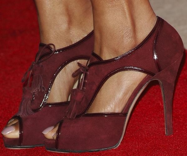 Taraji P. Henson put her feet on display in maroon peep-toe heels