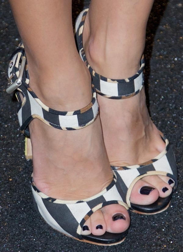 Olivia Palermo wearing black-and-white sandals