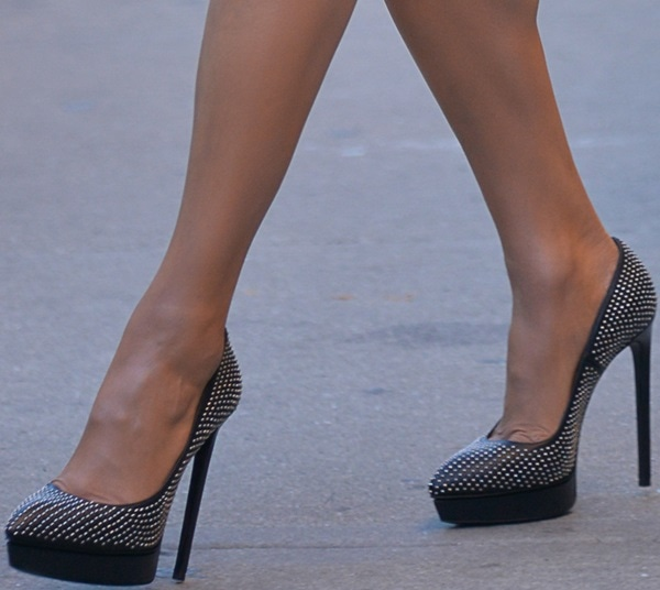 Paula Patton's feet in studded pumps