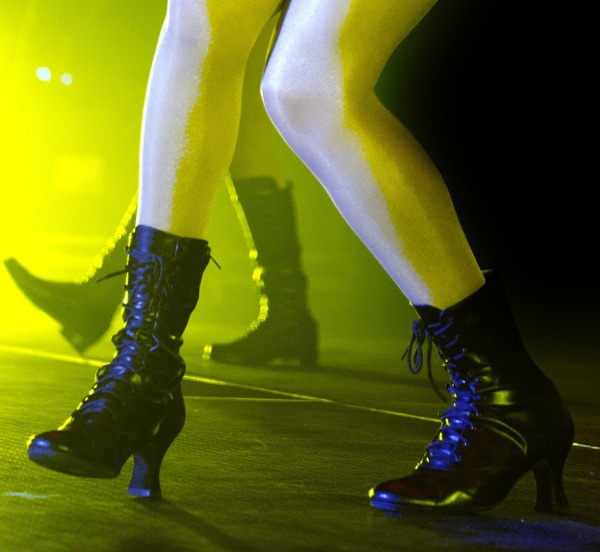 Selena Gomez performs in leather boots