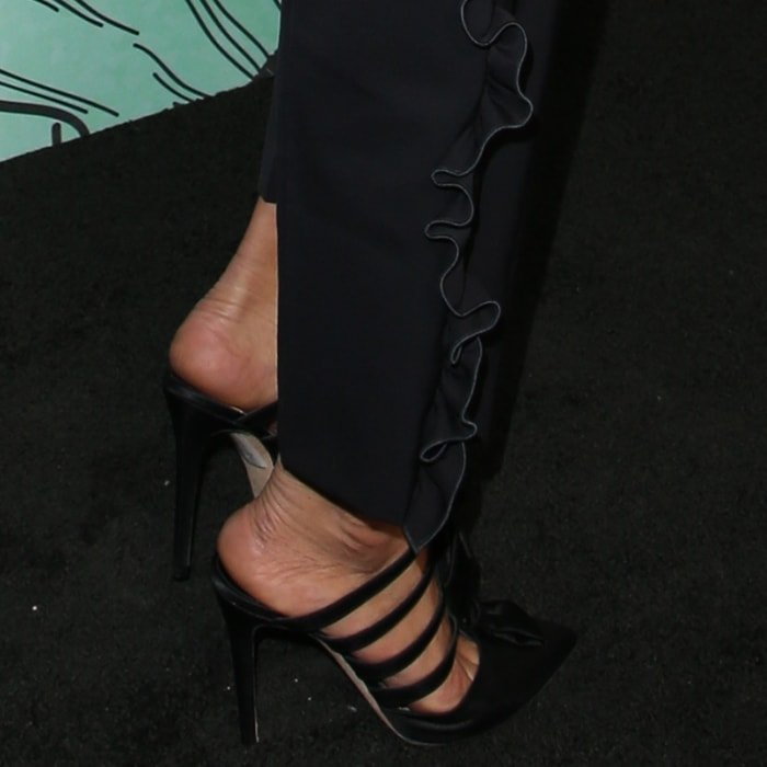 Ashley Madekwe shows off her hot feet in black shoes
