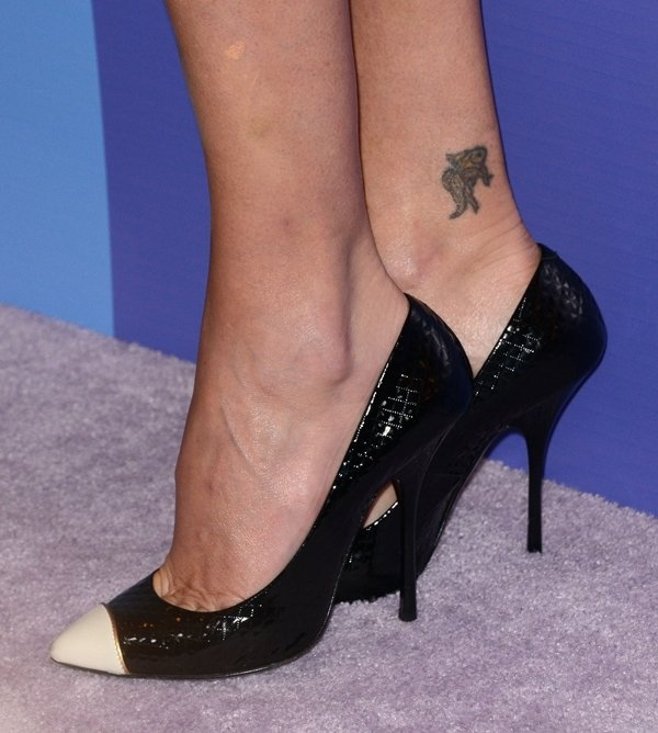 Charlize Theron wearing Giuseppe Zanotti pumps