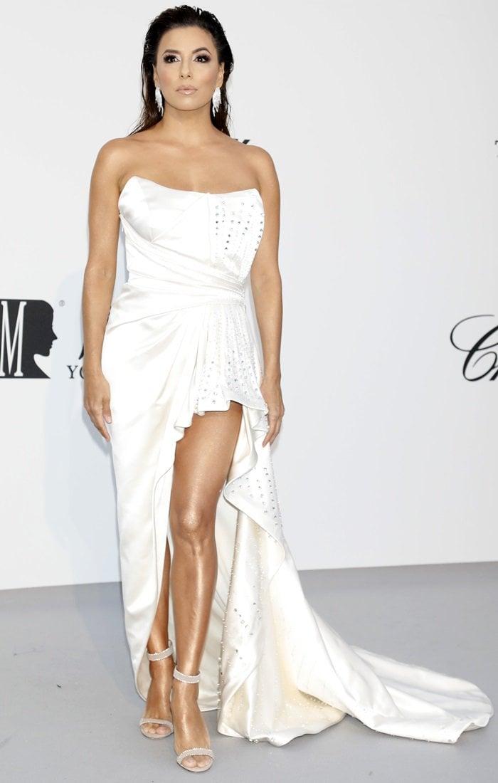 Eva Longoria wearing an Alberta Ferretti Limited Edition dress at the 2019 amfAR Cannes Gala