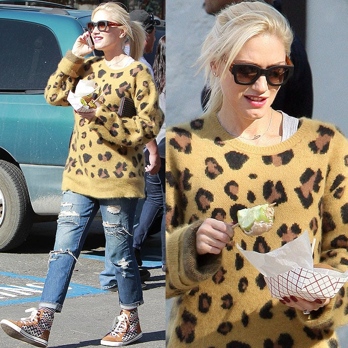 Gwen Stefani with a plain-Jane-ponytail do at an outdoor fair