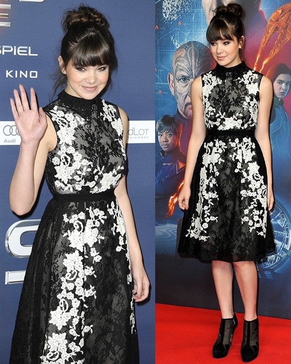 """Hailee Steinfeld attends a photo call for her new movie """"Ender's Game"""""""
