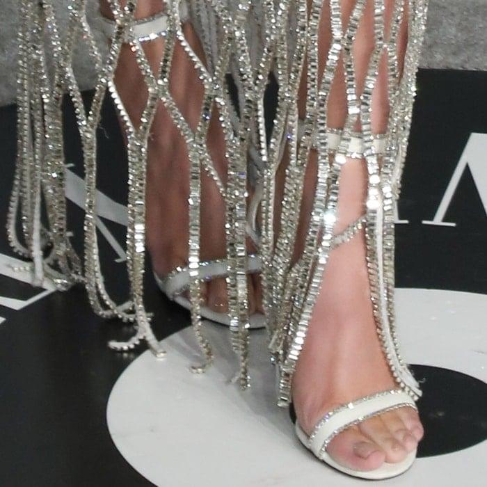 Hailee Steinfeld's sexy feet in Jimmy Choo Dochas sandals