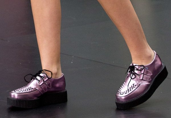 Miley Cyrus wearing T.U.K. creepers for her The Today Show performance at Rockefeller Center