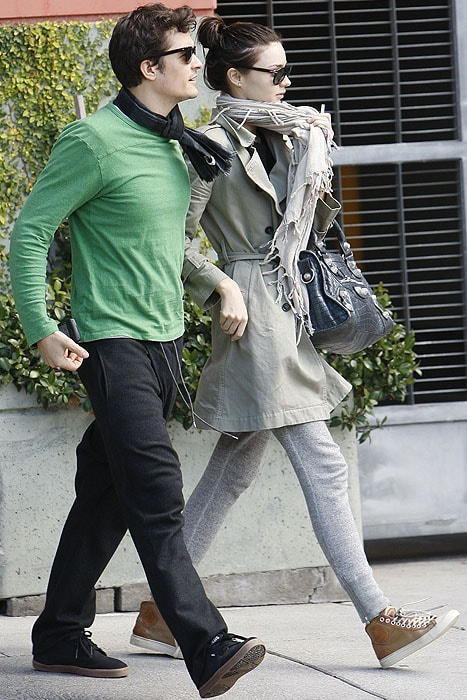 Miranda Kerr and Orlando Bloom grab coffee at Hugo Cafe