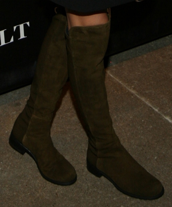 Olivia Palermo wearing Stuart Weitzman '5050' boots in olive suede