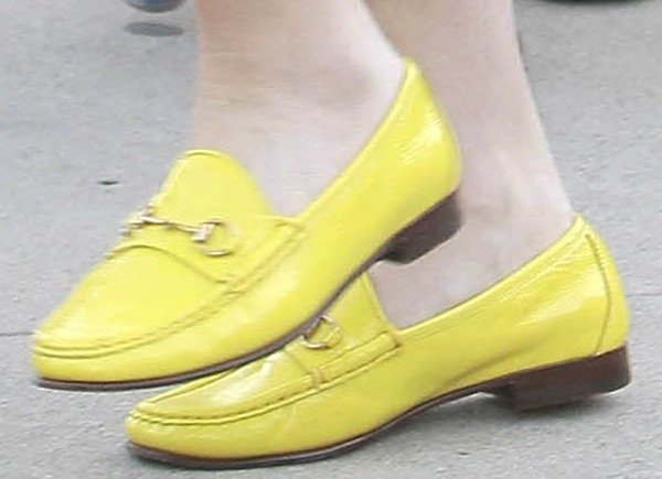 Gwen Stefani in yellow loafers by Gucci