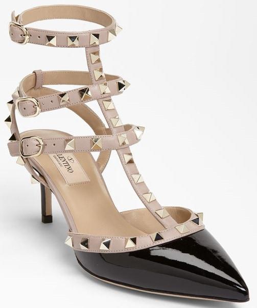 Valentino Rockstud Mid-Heel Pumps in Black/Nude
