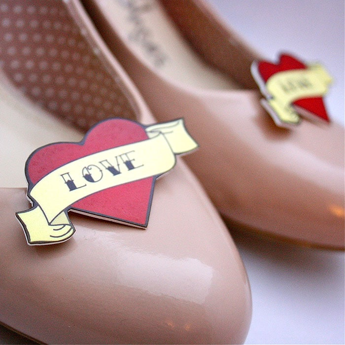 Love Scroll Heart Shoe Clips