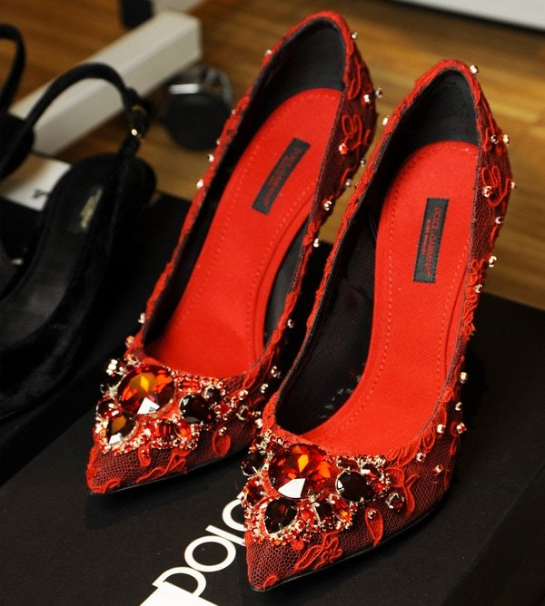 9161dd55c0c3bc Dolce   Gabbana Goes Byzantine for Fall Winter 2014 Collection