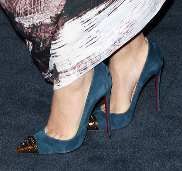 official photos 980bd 38777 Drew Barrymore in Blue Christian Louboutin 'Geo' Spike Pumps
