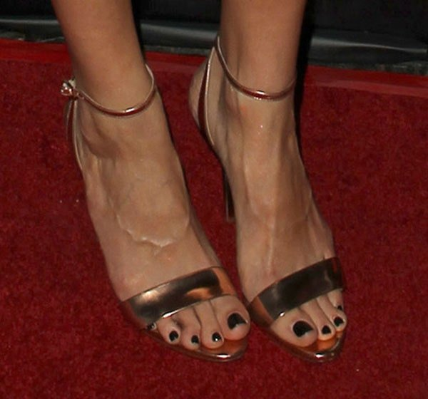Jaimie Alexander displays her toes in Brian Atwood sandals