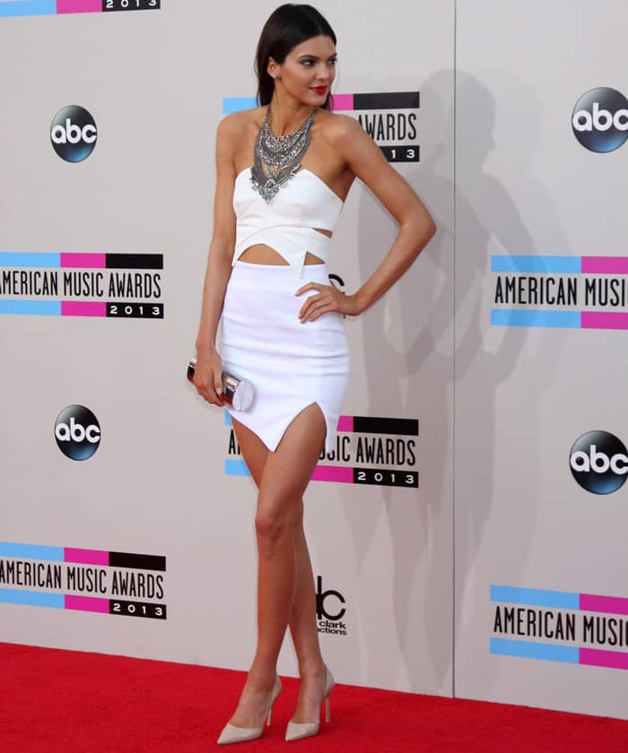 Kendall Jennerwore a strapless and cutoutwhite dress from Keepsake