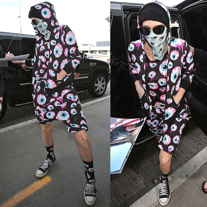 Ke$ha arriving at LAX in Los Angeles, California, on November 26, 2013