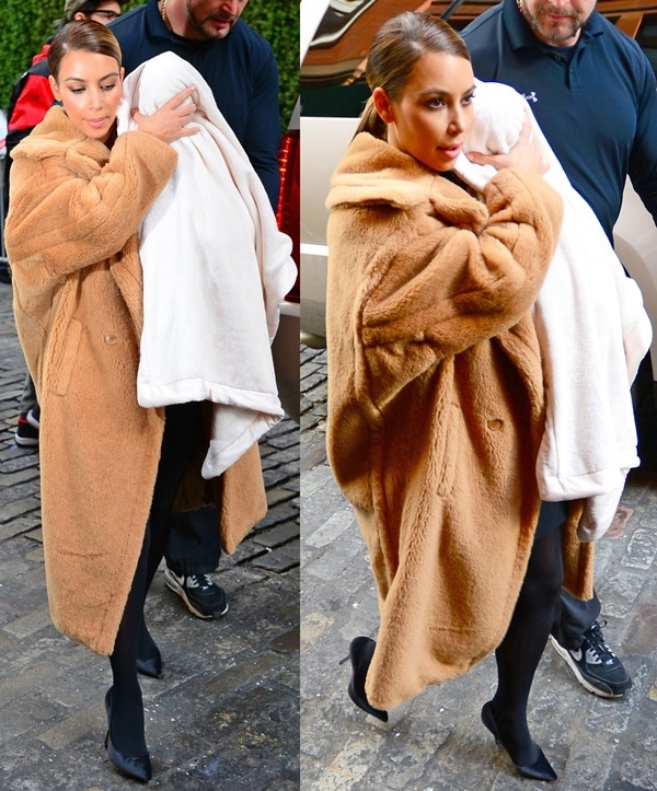 Kim Kardashian leaving Kanye West's apartment