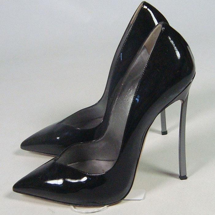 Kim Kardashian eBay Casadei pumps