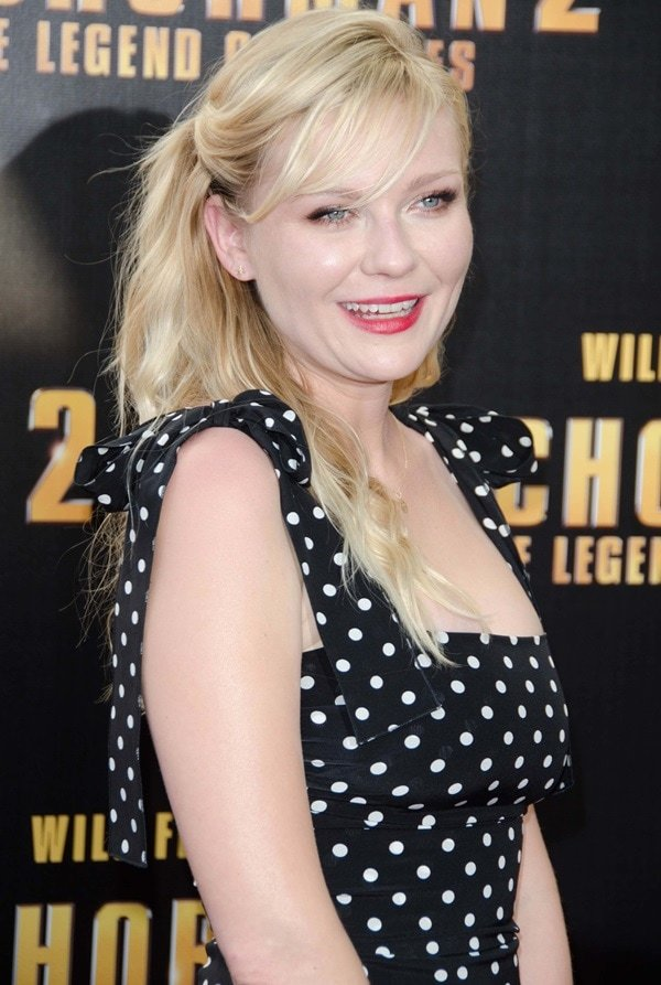 Kirsten Dunst at the premiere of Anchorman 2: The Legend Continues in Sydney