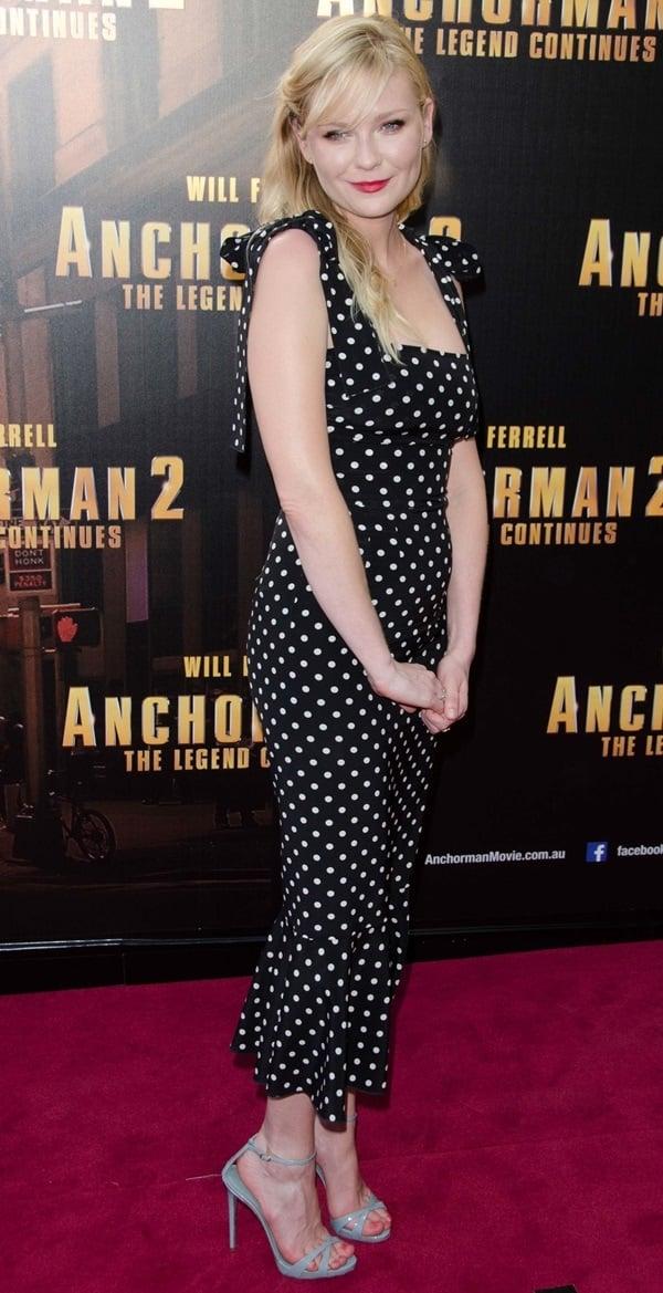 Kirsten Dunst's black-and-white polka-dot Dolce & Gabbana dress