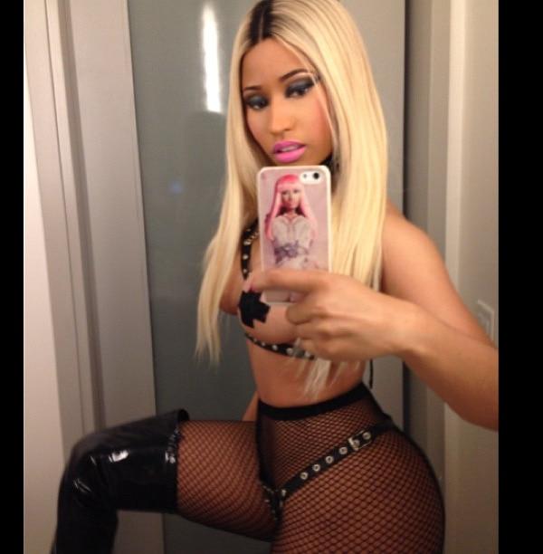 Nicki Minaj rocked leather over-the-knee boots