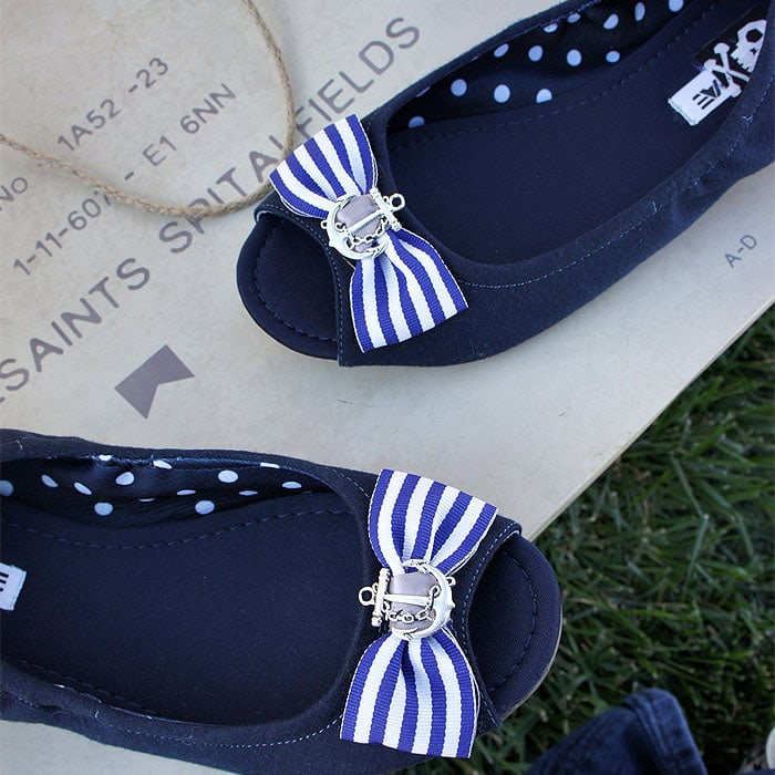 Anchor and Striped Bow Nautical Shoe Clips