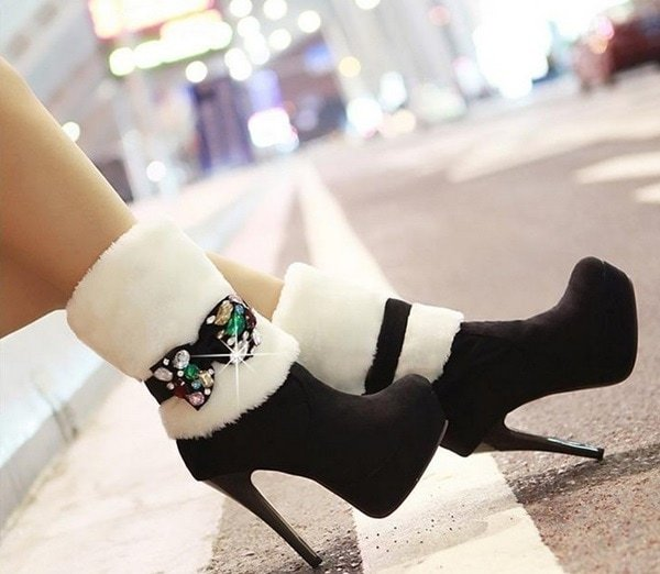 High-Heel Winter Boots Featuring Removable Rhinestone Bowknots