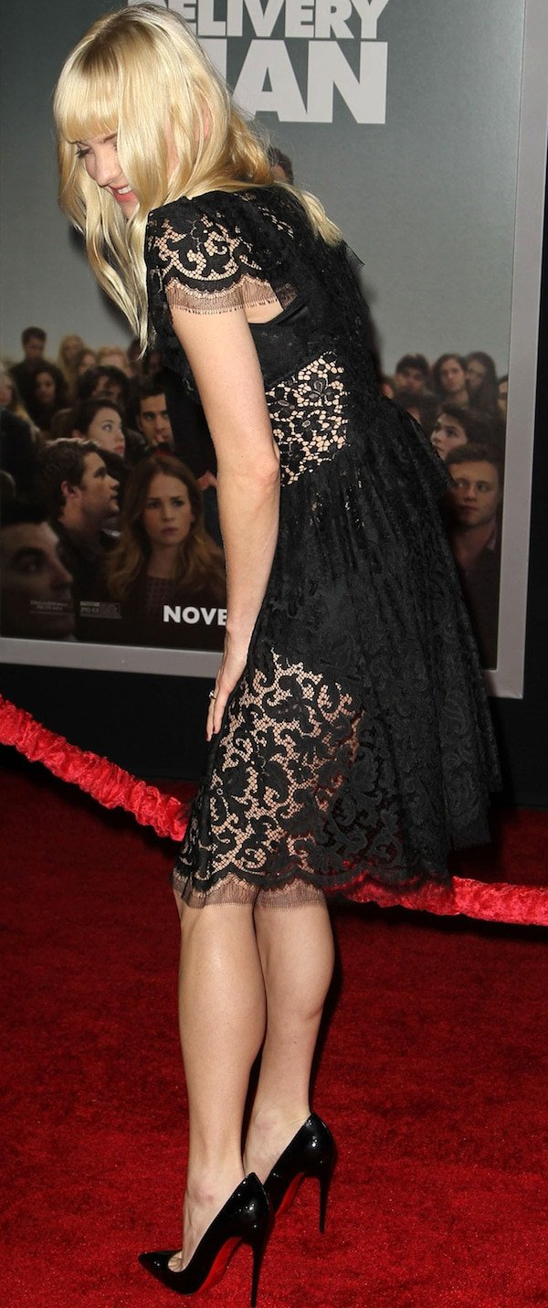 Anna Faris revealed her underwear in a Victorian-style knee-length dress