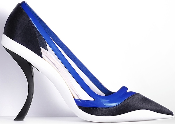 Christian Dior Pointed Pump in Bleu Marine Satin and Bleu Persan Patent Leather