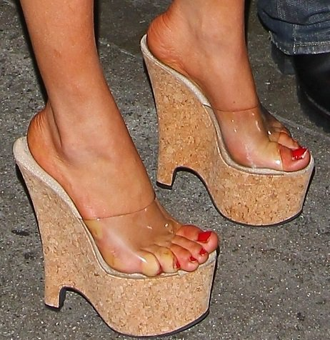 Courtney's sexy toes in platform wedges