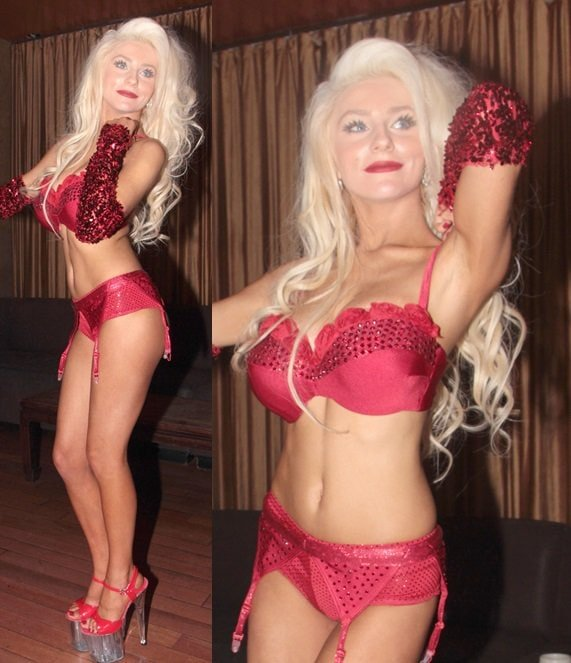 Courtney Stodden puts on a private pole dancing show at Eleven Nightclub