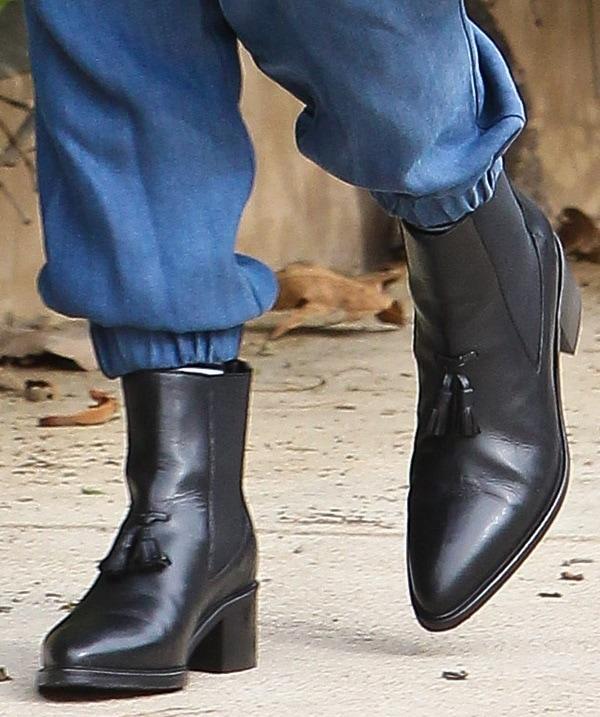 Gwen Stefani's feet in AllSaints boots