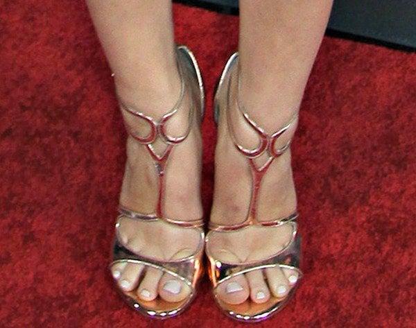 Holland Roden shows off her feet inLatenite sandals from Stuart Weitzman
