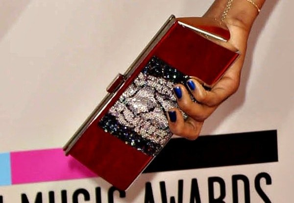 Jennifer Hudson carried a mirrored clutch from Swarovski and sparkled with jewelry from Sutra and Le Vian