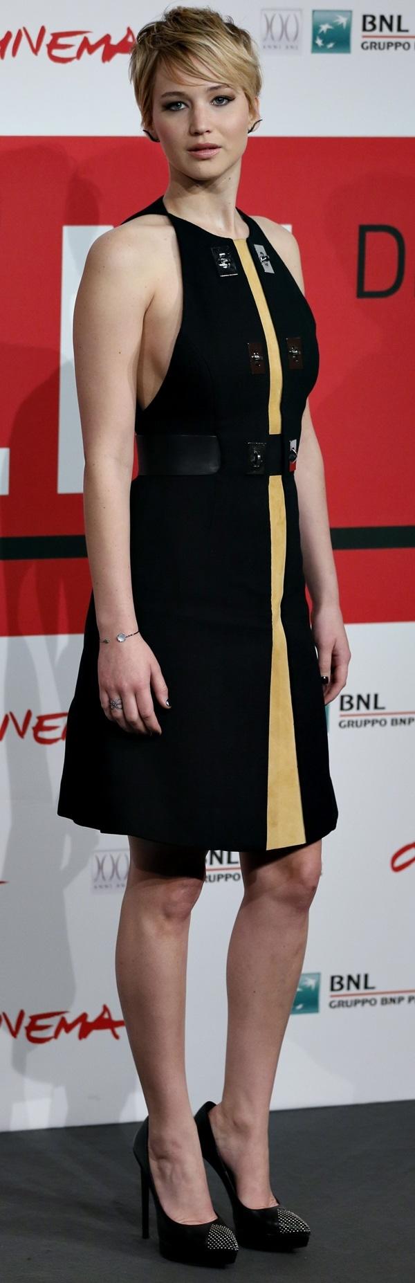 Jennifer Lawrence showing off herGraziela Gems ear cuffs