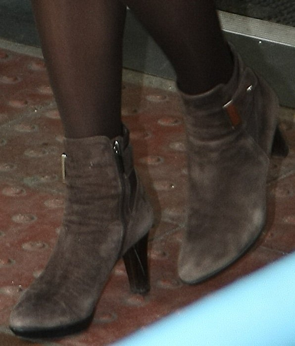 A closer look at Kate Middleton's brown ankle booties