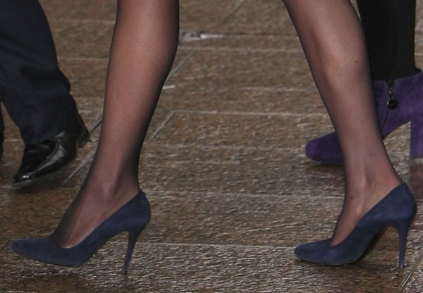 A closer look at Kate Middleton's blue suede pumps