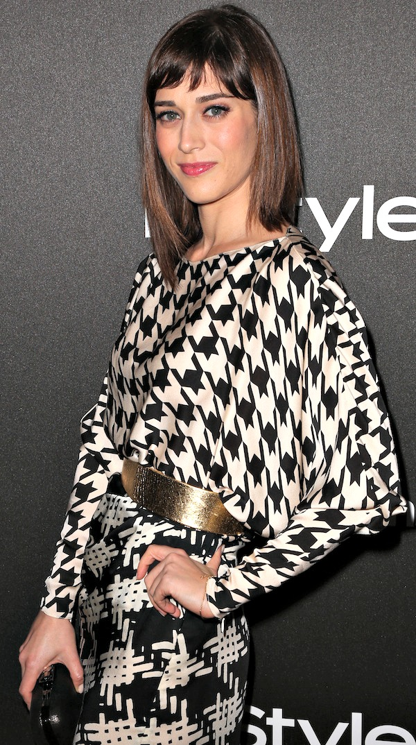 f0ea7414a6f Striking Lizzy Caplan in Houndstooth Print Dress and Aldo Heels