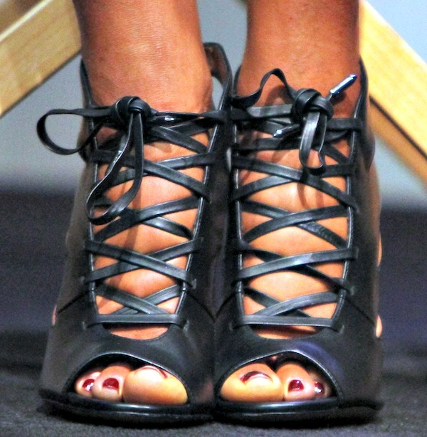 Naomie Harris rocking black lace-up heels