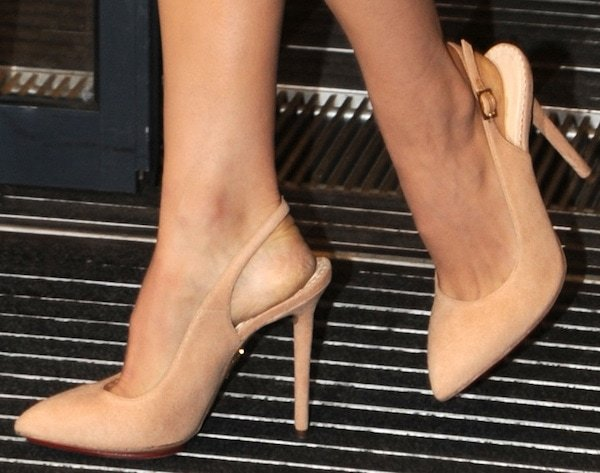 Natalie Portman wearing nude slingback Monroe pumps from Charlotte Olympia