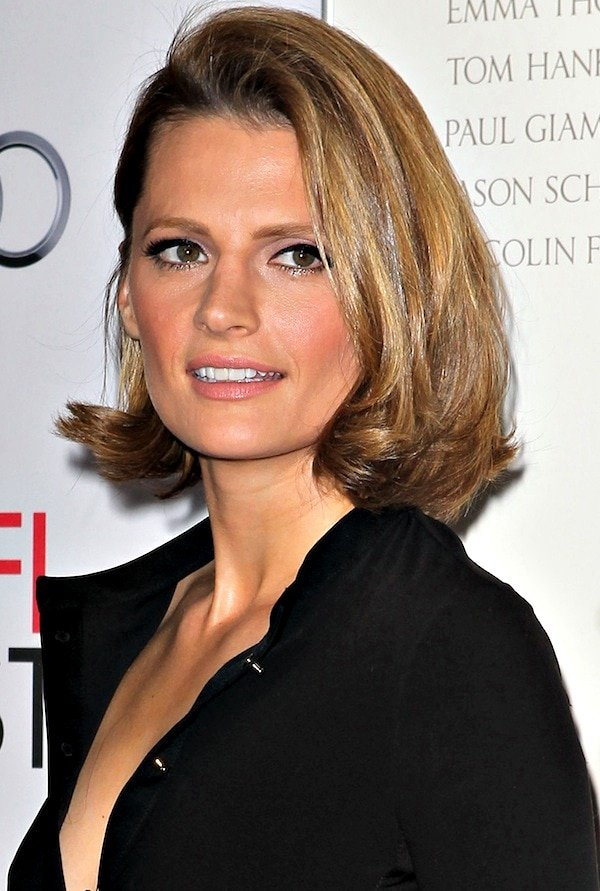 "Stana Katic wears her hair in a tousled bob as she attends the premiere of ""Saving Mr. Banks"""
