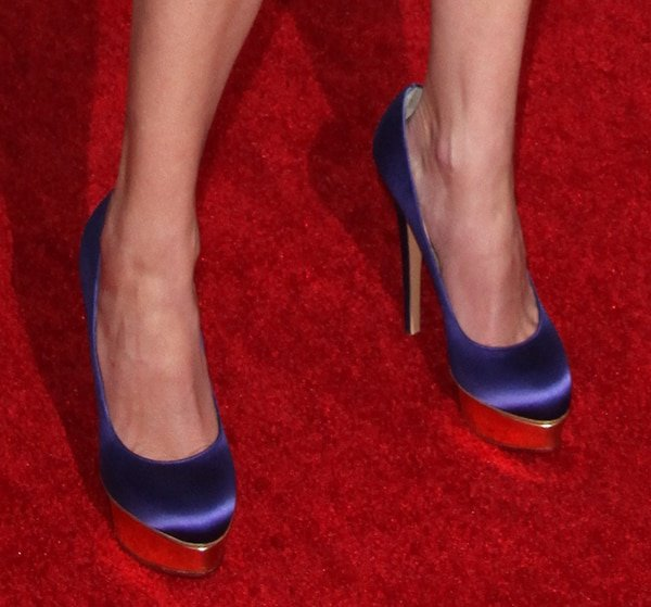 "Julia Roberts decided on a pair of purple Charlotte Olympia ""Dolly"" pumps to match her frock"