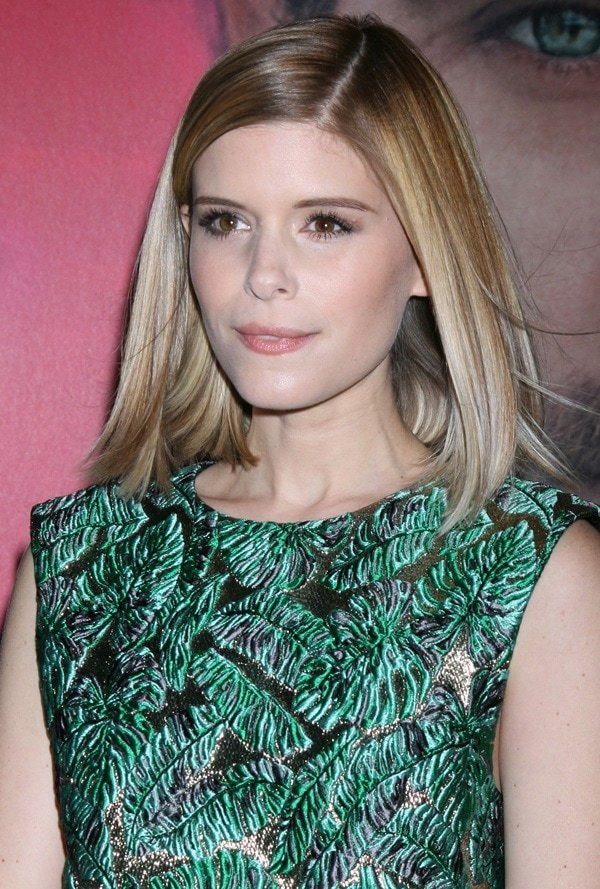 Actress Kate Mara attends the premiere of Warner Bros. Pictures 'Her' at DGA Theater on December 12, 2013 in Los Angeles, California