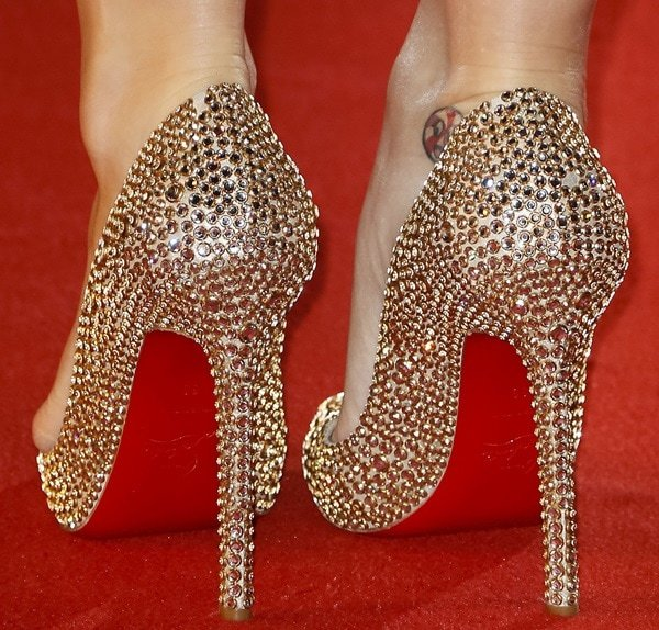 """Katy Perry's Christian Louboutin """"Pigalle"""" pumps"""