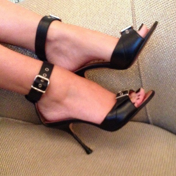 Kylie Minogue isthe celebrity shoe lovers should follow on Twitter