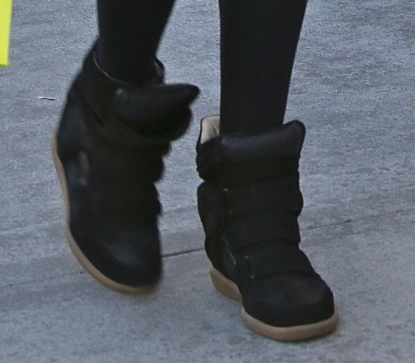 ashley tisdale christmas shopping shoe closeup