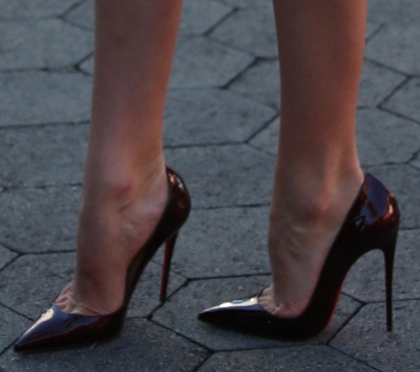 """Candice Swanepoel showing off her legs in Christan Louboutin """"So Kate"""" pumps"""