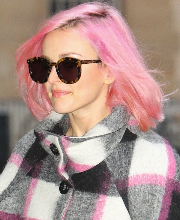 Fearne Cotton showing off her pink hair at the BBC Radio studios