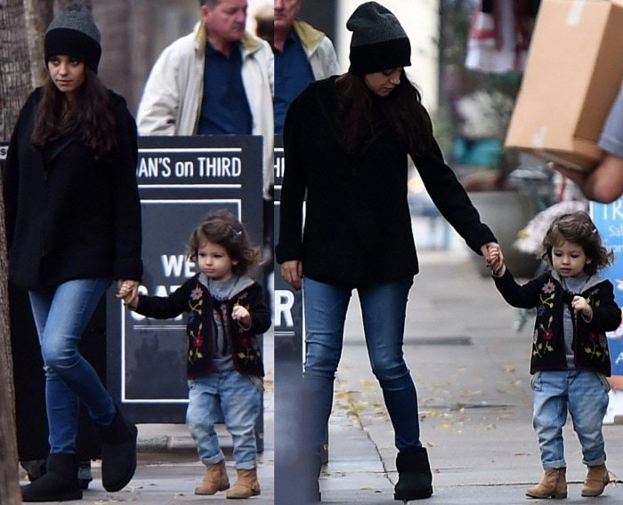 Mila Kunis wearing Ugg boots with jeans
